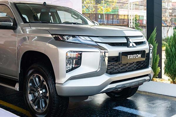 luoi-tan-nhiet-xe-mitsubishi-triton-2019-muaxegiatot-vn-5